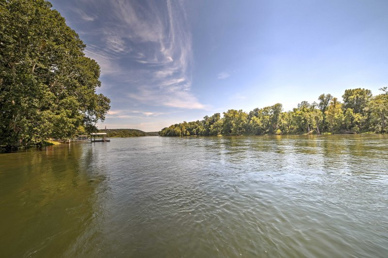The property offers access to all that the beautiful Ozarks offer.