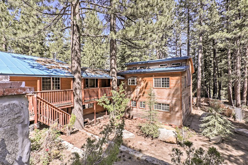 Experience picturesque views of the El Dorado National Forest from the deck.