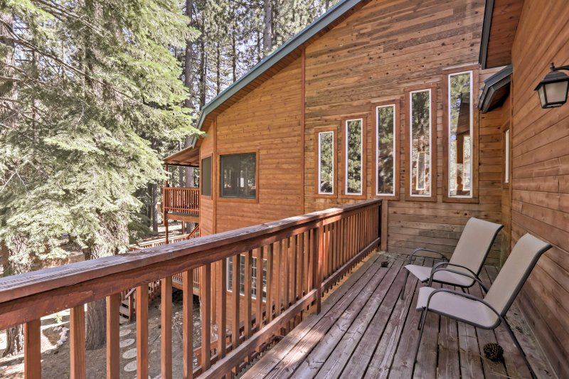 South Lake Tahoe Cabin w/Private Sauna & Game Room UPDATED 2019