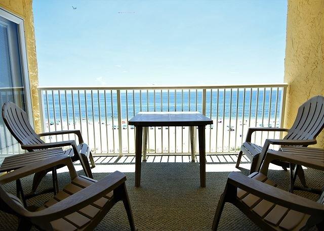 Top floor~2 elevators~Beachfront~Close to Everything!~Bender Vac Rentals, location de vacances à Gulf Shores