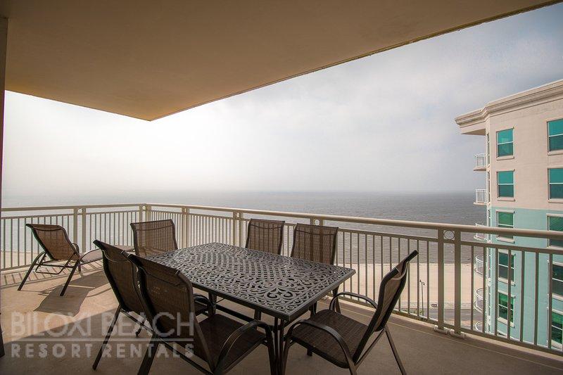 Legacy I 1306 Penthouse