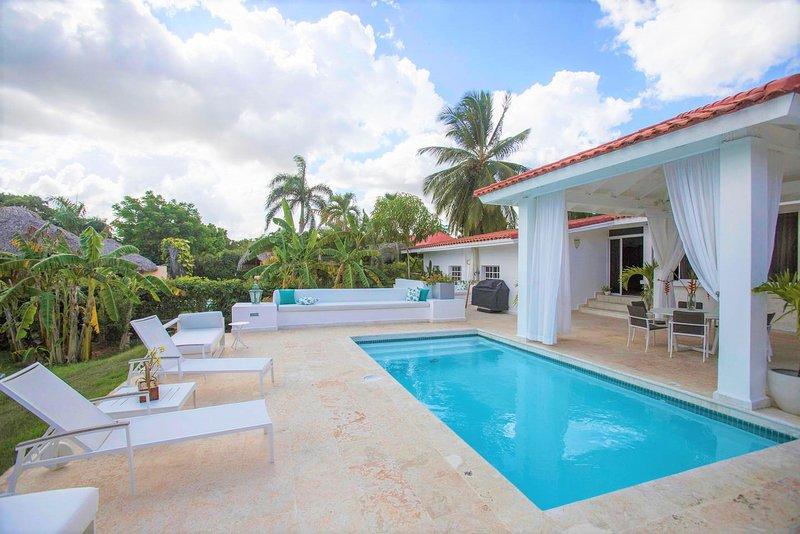 Casa de Campo Elegant Villa ✔️, holiday rental in La Romana Province