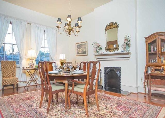 Flexible Refund Policies: Jones Street 1BR, above Mrs. Wilkes, vacation rental in Savannah