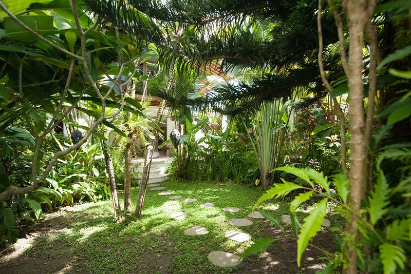 The Ark Yoga Retreat - Mount Agung Suite, holiday rental in Sayan