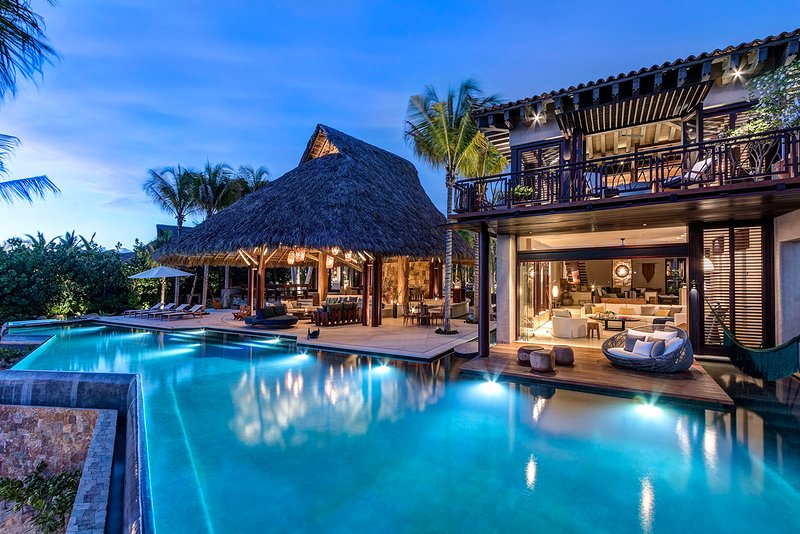 9-suite NEW luxury villa in Punta Mita