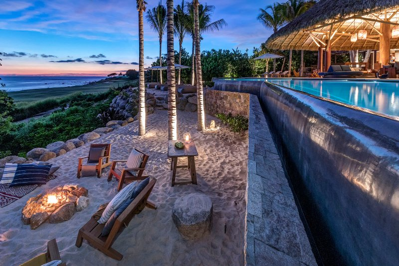 Sand terraces and firepit