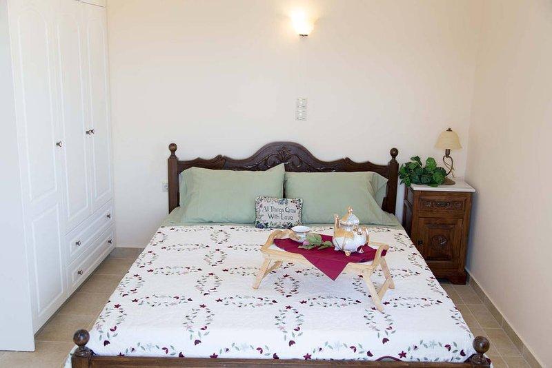 Aegean Villas Ios : Villa Faith, holiday rental in Yialos