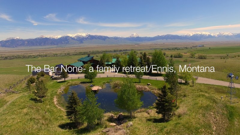 Family Retreat with spectacular views/trout pond/ Near ENNIS and Yellowstone prk, vacation rental in Ennis