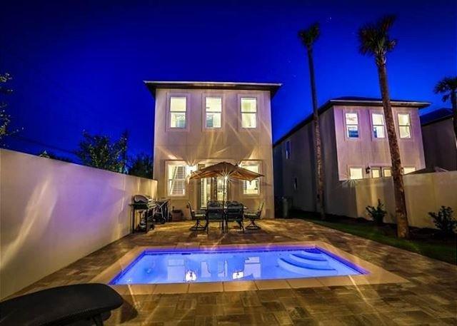 Upscale home, Close to Beach, Private Splash Pool., vacation rental in Destin