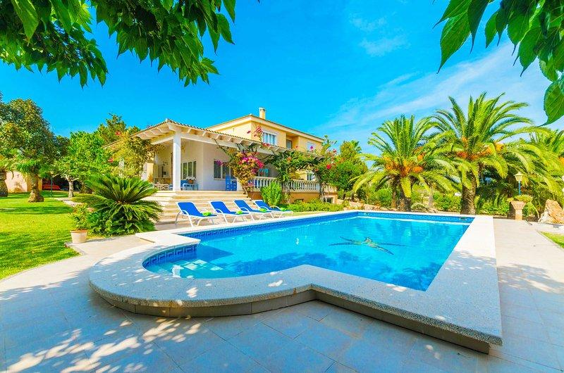 CASA BONITA (SES SALINES) - Villa for 8 people in ses Salines, location de vacances à Colonia de Sant Jordi
