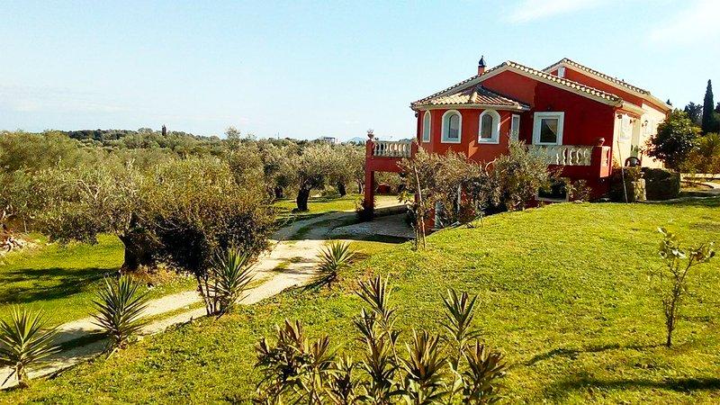 Villa Anta near Ermones beach, casa vacanza a Kokkini