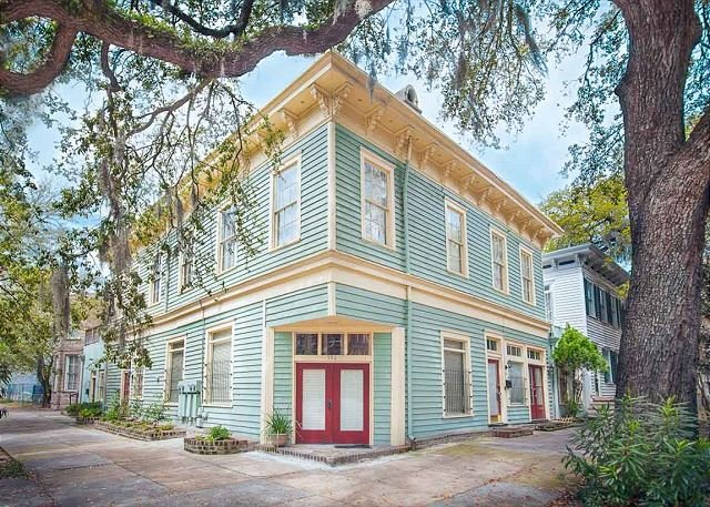 Flexible Deposit/Refund Policies: Historic Former General Store on Liberty, vacation rental in Savannah
