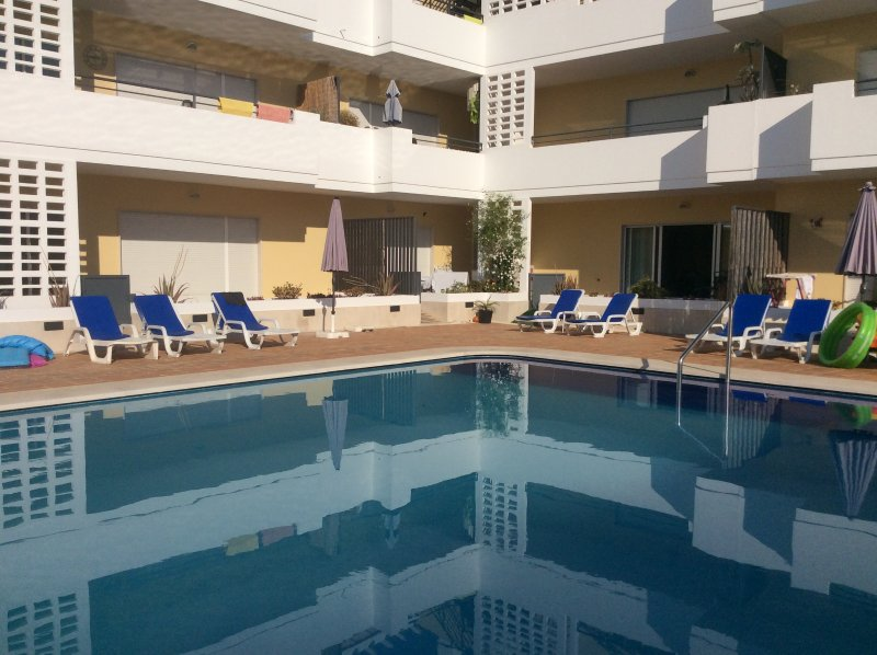 Perola, Holiday Rental in Cabanas Beach, Licensed Apartment by RCC Holidays, vacation rental in Tavira