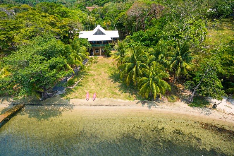 Aerial View of Casa La Quinta Sur and beach