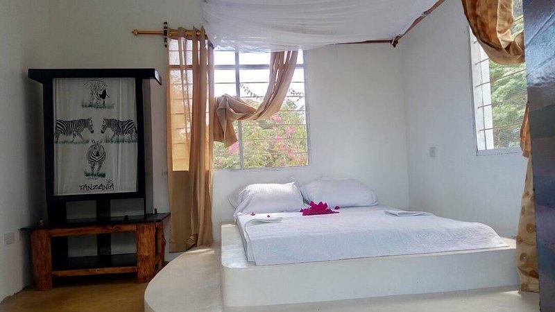 Sea Front Mafia Lodge, vacation rental in Mafia Island