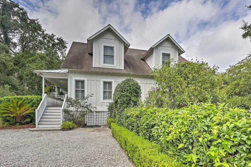 This spacious Georgia home is the perfect spot to enjoy Saint Simmons Island!
