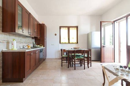 Villetta immersed in the green of the olive groves and 1 km from the sea and the center of Tricase.
