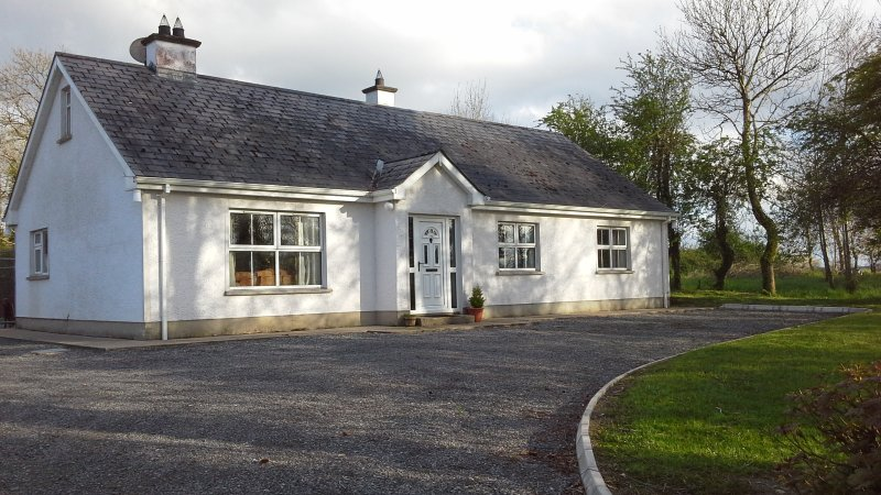 Erne View, holiday rental in Derrylin