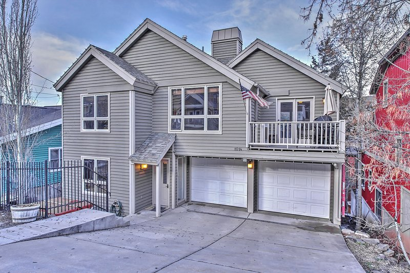 Park City Ultimate Estate - 8 Bedrooms / 7 Bathrooms and 2 Hot Tubs in Old Town