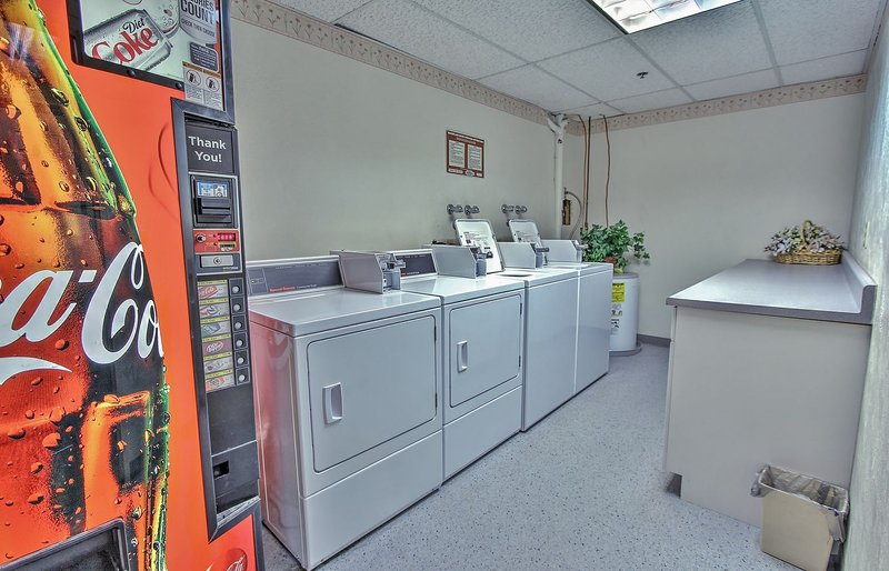Common area laundry room