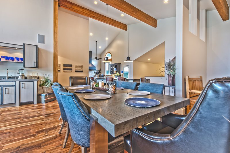 Dining Area off the Kitchen with Seating for 8 and a Wet Bar