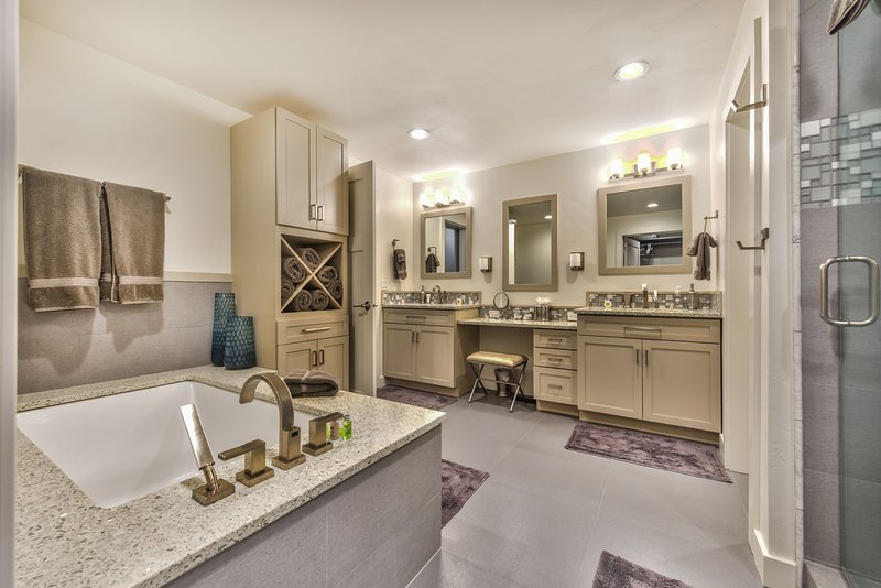 Master Bath with Large Soaking Tub, Dual Head Shower and Dual Vanities