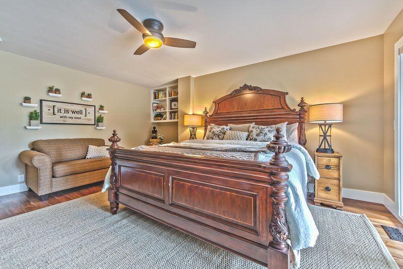 Bedroom 3 with King Tempu-Pedic Bed, Twin Sleeper, Smart TV, Hot Tub Patio Access and Private Bath