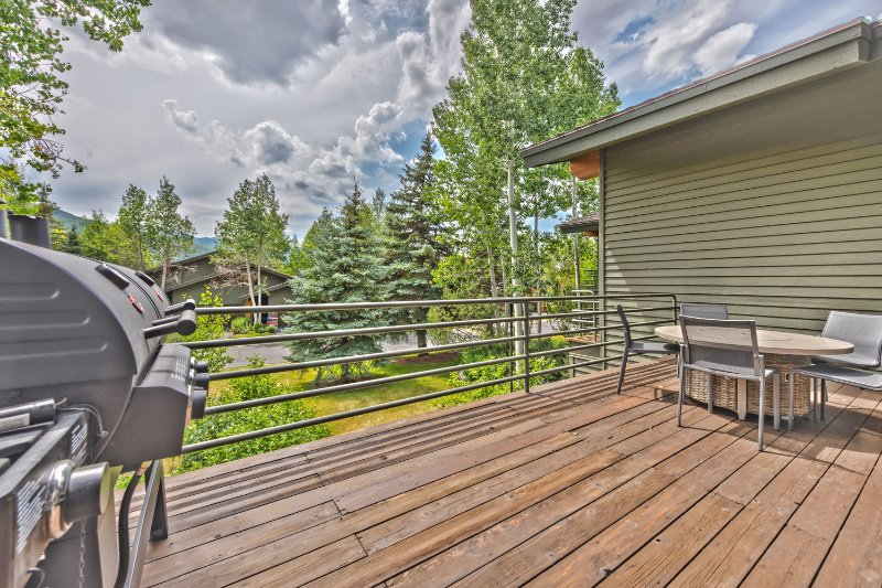 Private Deck off Living Area with Gas/Charcoal Grill, Gas Fire Table, Amazing Views of Park City, and Deer Valley Mountains