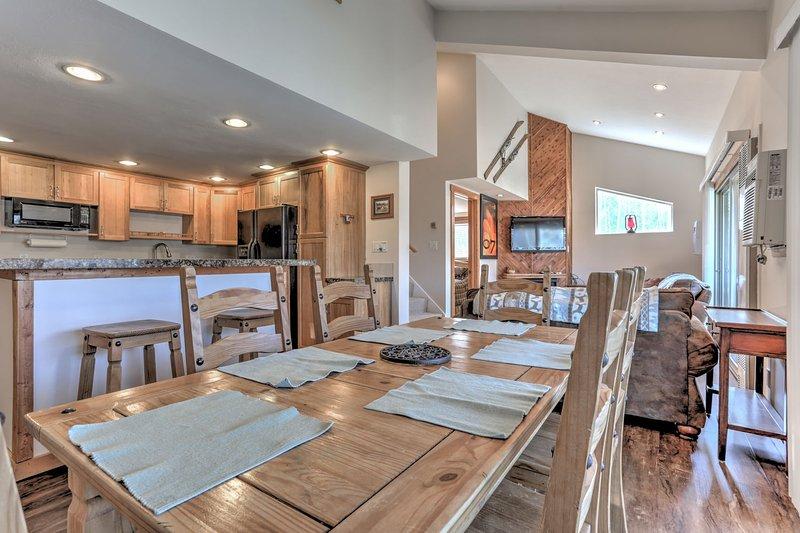 Área de jantar com capacidade para 6