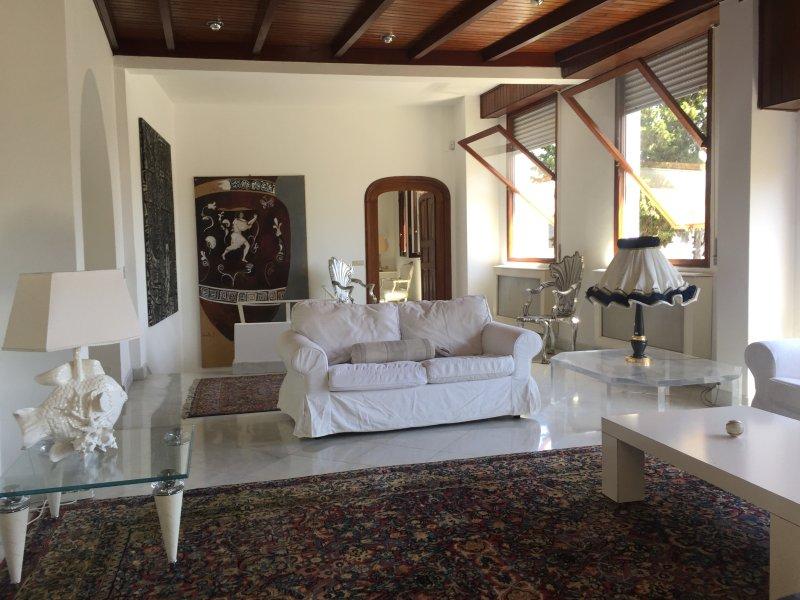 Villa Anedi - Vista mare unica -, holiday rental in Rapallo