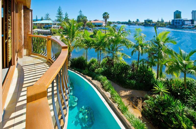 Casa Albero Via Roma, vacation rental in Gold Coast
