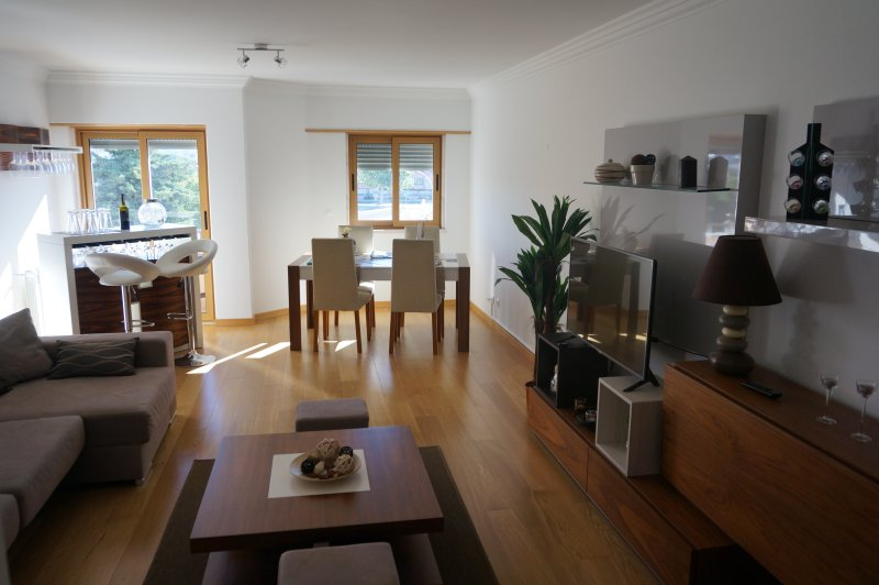 Lisbon/Apartment next to the beach, Ferienwohnung in Paco de Arcos