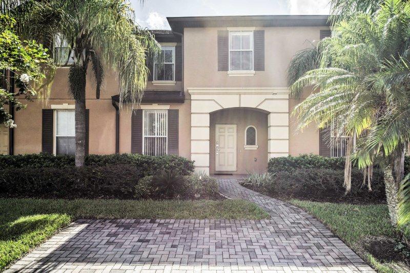 A moradia é perfeito para 8 pessoas em um período de férias para a Disney World e todos os outros parques temáticos da área de Orlando a!