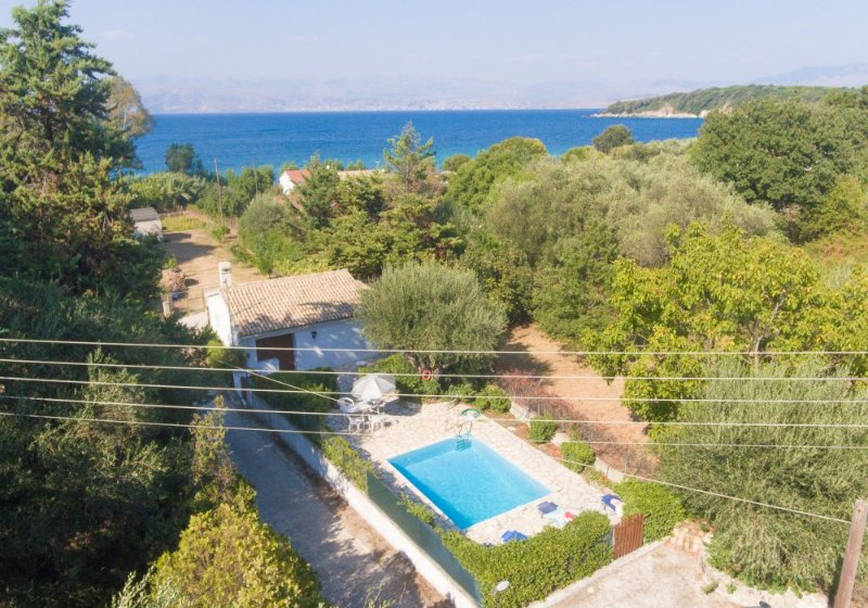 Beautiful Secluded Villa with Private Pool and Terrace