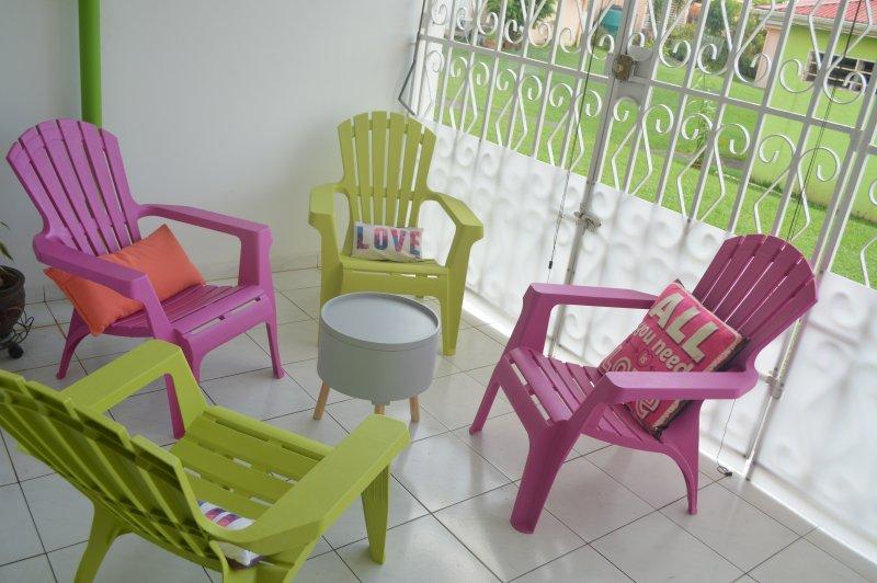 Appartement 3 chambres climatisées tout confort, location de vacances à Saint-Esprit