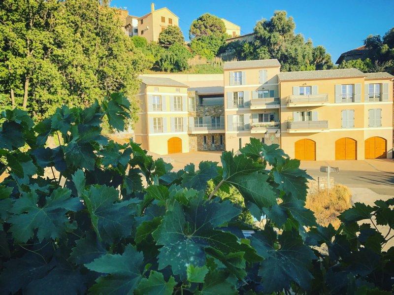 Casale a Figa Bianca - Appartement T4 de luxe 1er Etage - Patrimonio, vacation rental in Patrimonio