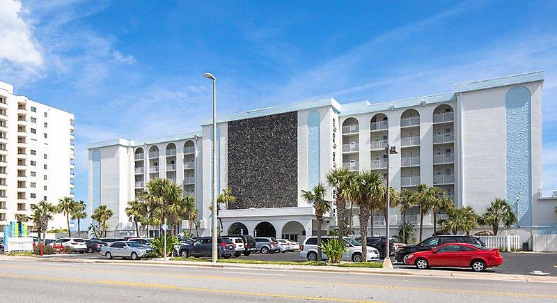 Daytona SeaBreeze, Daytona Beach, FL 32118
