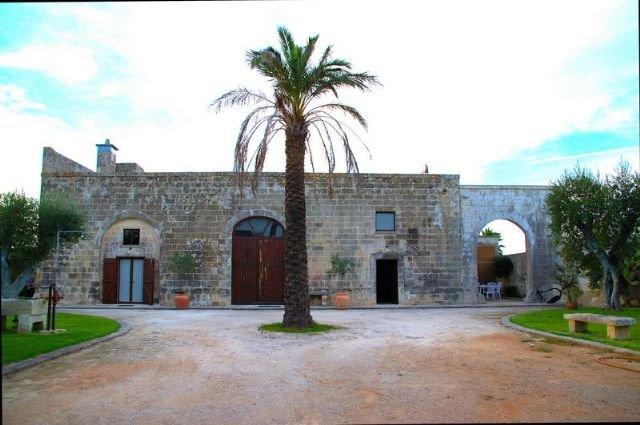 Masseria Montanari, Salento - Carpignano Salentino, holiday rental in Cursi
