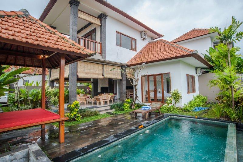 '50% OFF' Padi field View, 2 BR Villa Eleven at Ubud, holiday rental in Bedulu