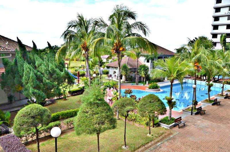 Dream Cottage - Leisure Paradise (Near beach & Town), vacation rental in Klebang Kechil