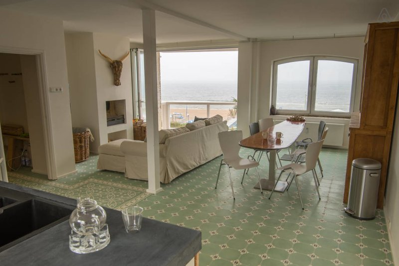 New, stylish appartment with a fantastic view over the beach and the ocean....