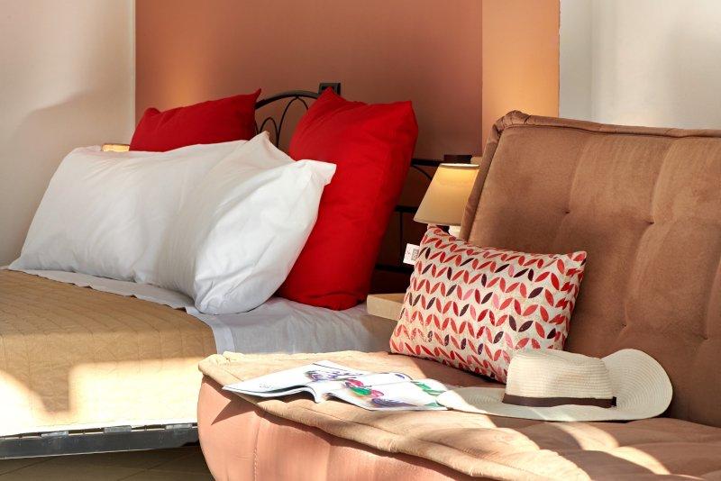 Casa San Giorgio - Cozy Studio with Great View, casa vacanza a Aviatico