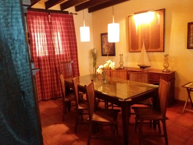 Casa Rural  Cármenes ,confort a 10 minutos de León y 25 de Valencia de Don Juan, holiday rental in Villacelama