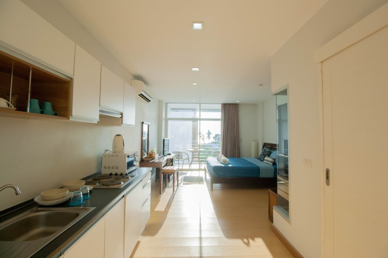 Condominium studio room seaview for rent at  Klongmoung beach B01, alquiler de vacaciones en Krabi ciudad