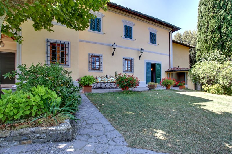 San Cerbone Villa Sleeps 10 with Pool - 5242142, holiday rental in La Fornace