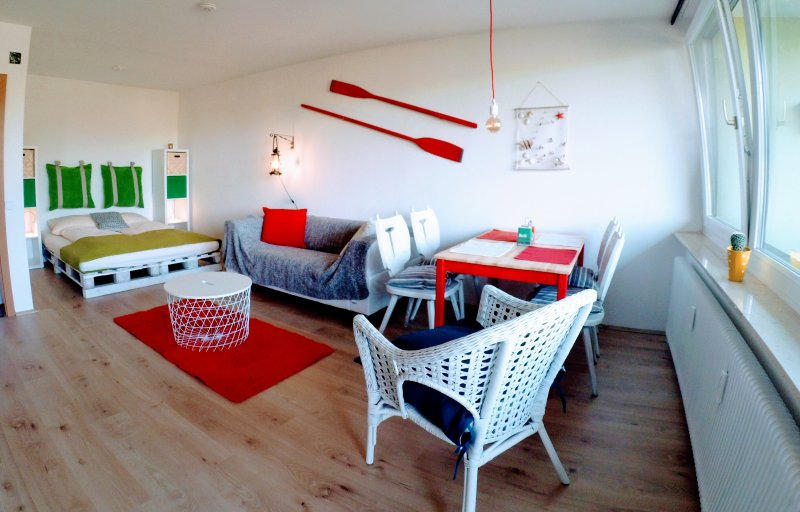 MOOKI Beach Apartment, aluguéis de temporada em Annenheim