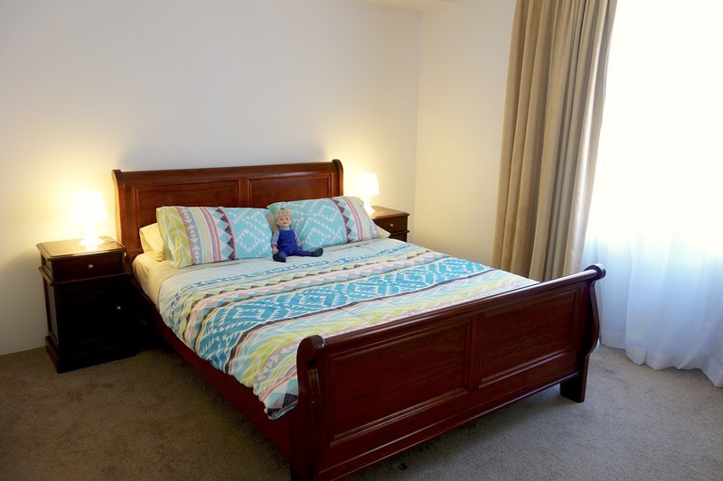 Kingston family friendly apartment with coffee smell, holiday rental in Australian Capital Territory