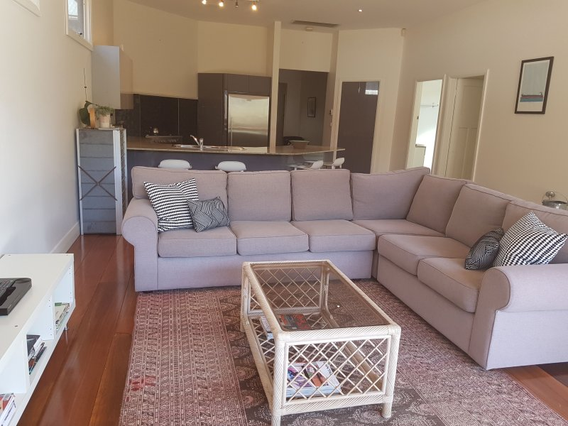 Newcastle Executive Homes - Cooks Hill Cottage, location de vacances à New Lambton