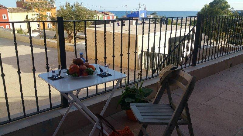 CAS, Recién reformado apartamento en casco antiguo y zona El Castell, location de vacances à Villajoyosa