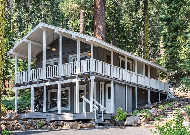 The Love Nest: Tahoe City Home in the Pines with Private Hot Tub, vacation rental in Tahoe City